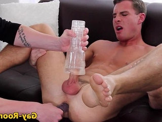 Muscular gaycastings model hunk ass toyed