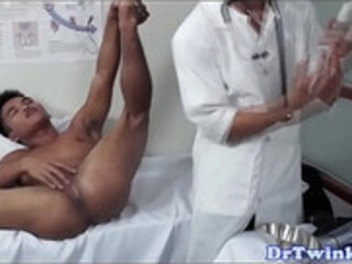 Asian twink doctor rims patients ass