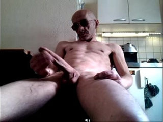 Me jerk my french big cock